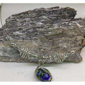 Ketting met glaskralen uit eigen atelier