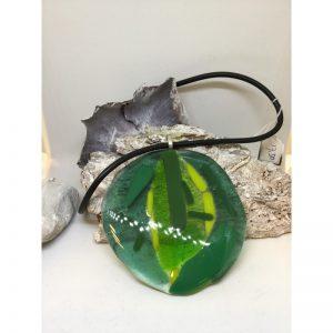 Ketting met gefused glas uit eigen atelier